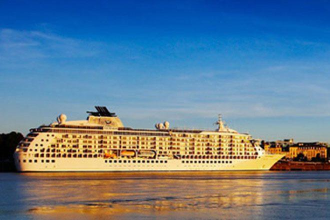 Yacht visits Sri Lanka