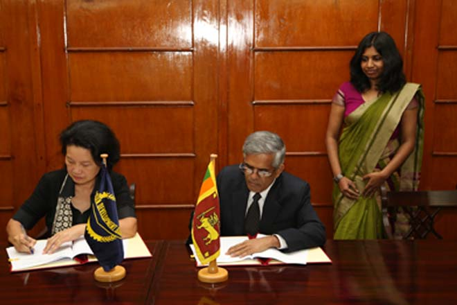 Sri Lanka sign USD107mn deal for road development with ADB