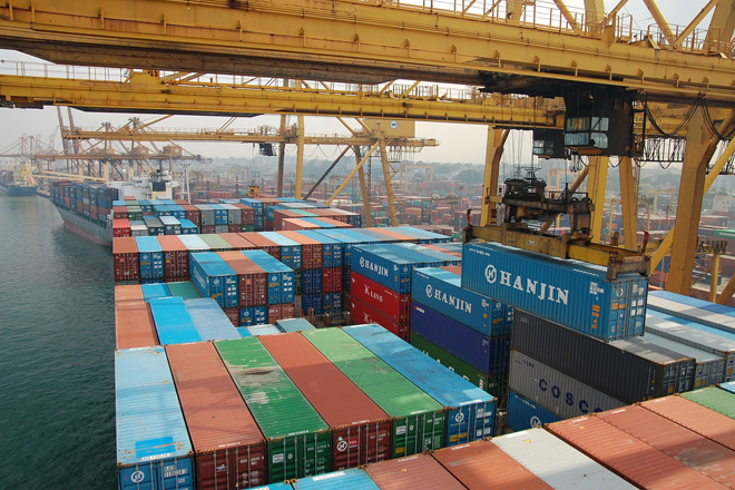 Sri Lanka Ports Authority profits down 13.5-pct from Jan to Apr 2015