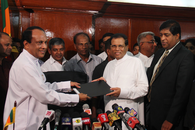 Lakshman Yapa assumes duties as State Minister of Finance