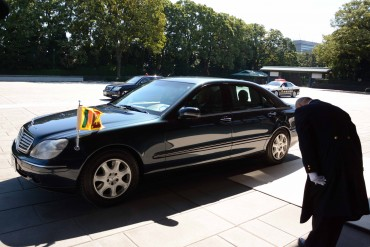 No issue buying new vehicles for Sri Lanka's Premier: PM's Office