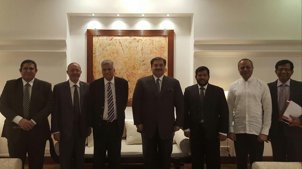 Commerce Minister with Prime Minister Ranil Wickramasinghe. High Commissioner of Pakistan, SL Minister for Commerce Rishad Bathiudeen and Secretary Finance also seen