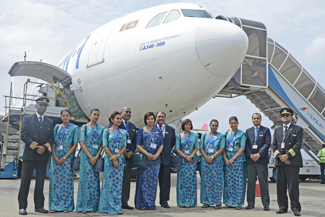 Srilankan unions shows solidarity with airline restructuring efforts
