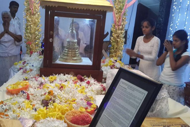 Anuradhapura hosts sacred Buddhist relics from Pakistan