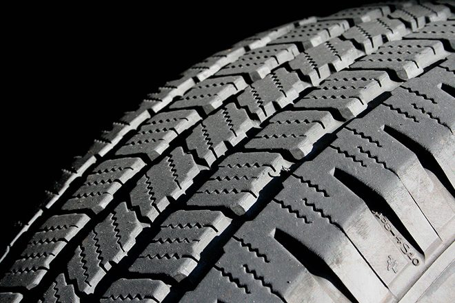 Italian firm mulls Tyre manufacturing in Sri Lanka with USD75mn