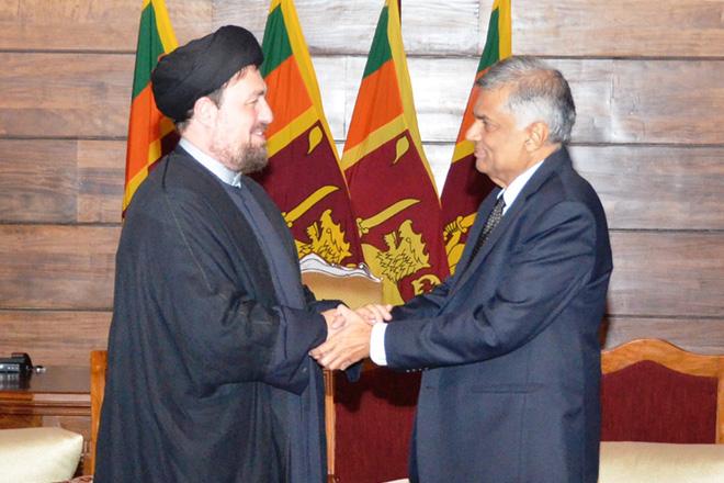 Sri Lanka's Prime Minister meets Iranian religious leader Ayatollah Khomeini
