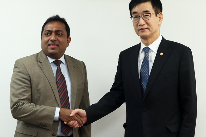 Education Minister visits S Korea to strengthen cooperation