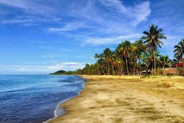 Sri Lanka should develop Indian, Chinese markets: Tourism minister