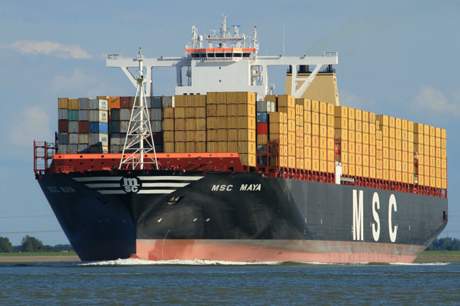 Sri Lanka attracts major container ship MSC Maya to Colombo