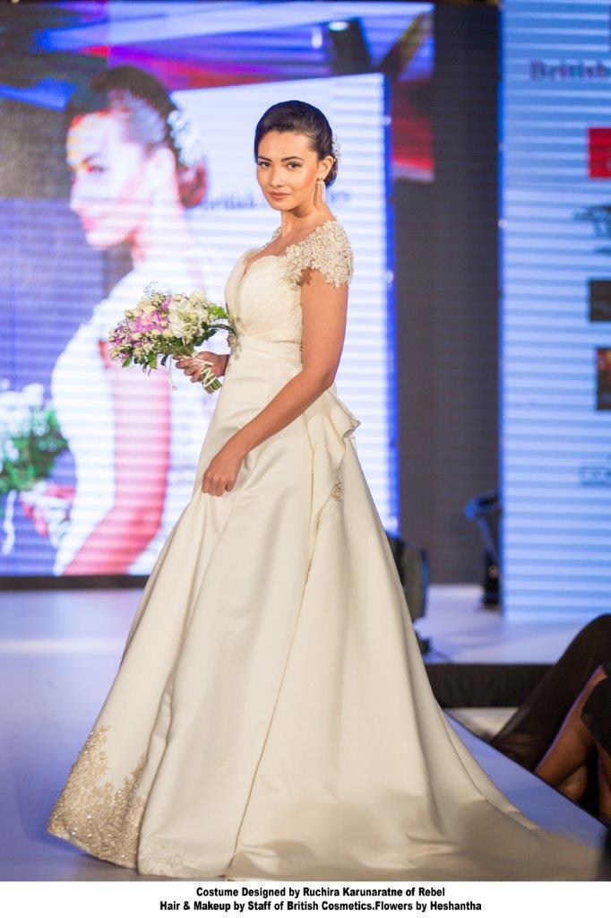 PHOTO 14 British Cosmetics - Ruchira Karunaratne Bride