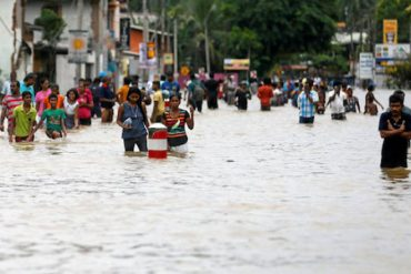 Sri Lanka flood rescue efforts continue, further rain expected
