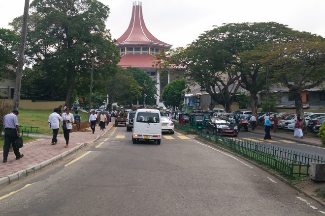 Sri Lanka Navy to complete pedestrian walkway near Supreme Court