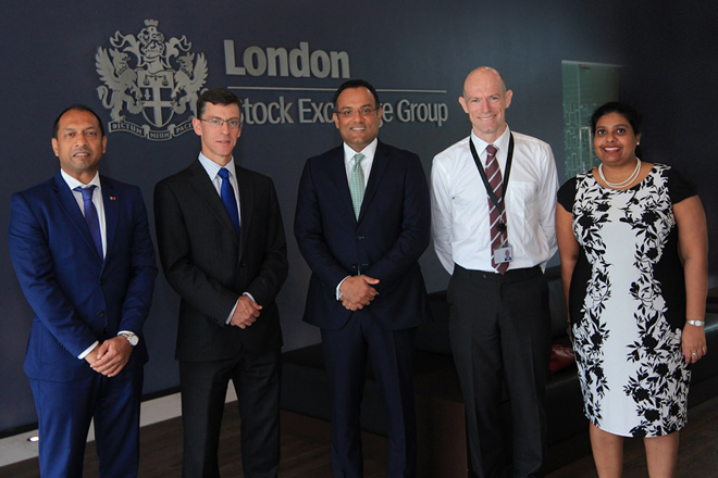 British-HC-visit-to-LSEG-Sri-Lanka