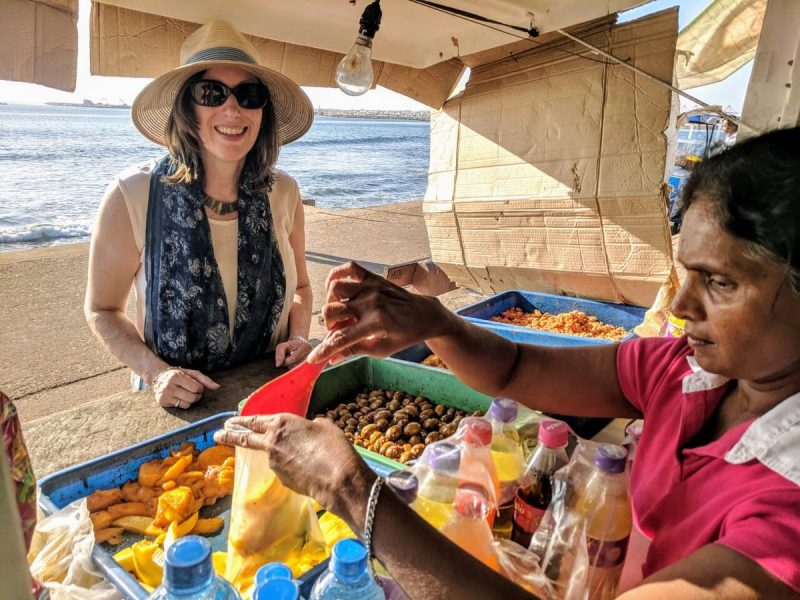 Annasi accharu for American Ambassador on Galle Face Green
