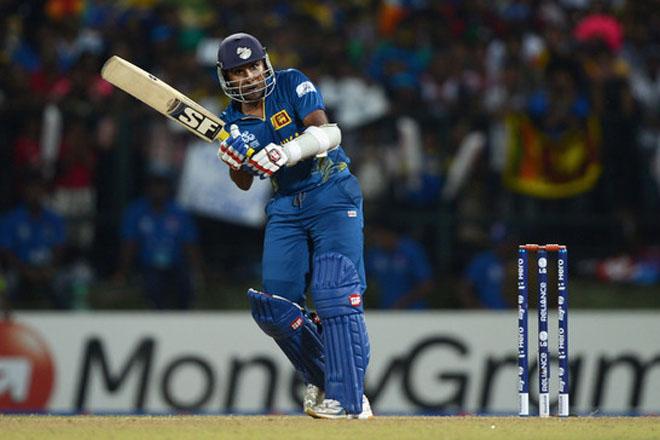 Pakistan must score 271 to ruin Jayawarde