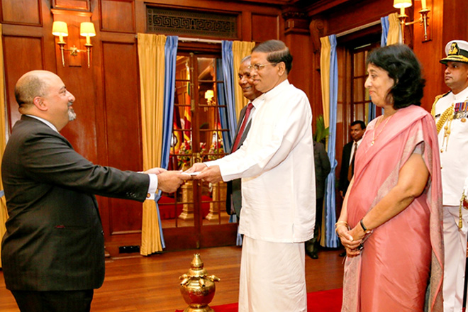 US Ambassador to Sri Lanka and Maldives presents credentials to President