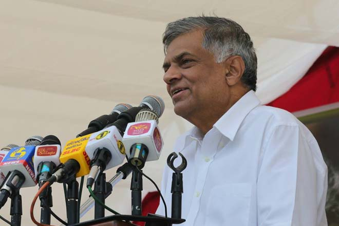 PM presents motion to convert parliament into a Constitutional Assembly