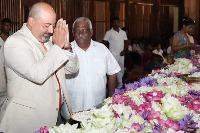 US Ambassador Atul Keshap visits Temple of the Tooth