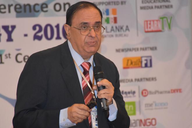 Famous Pakistani scientist Prof. Dr Atta-ur-Rahman in Sri Lanka