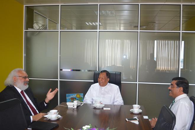 IMF Executive Director Subir Gokarn meets Minister Amunugama