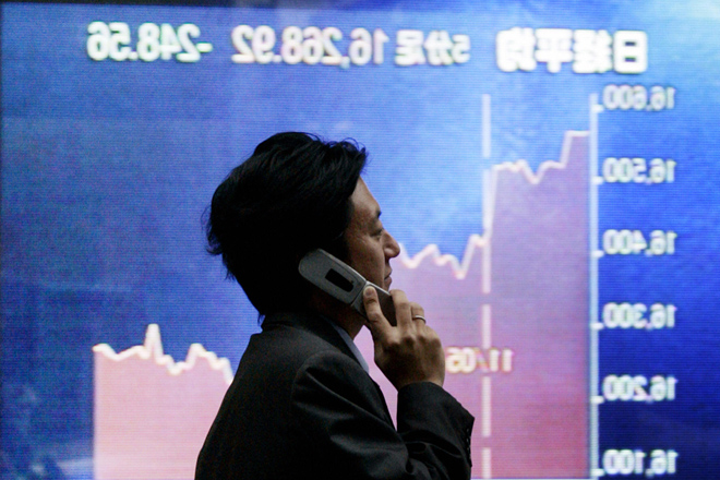Asia stocks start Q4 with gains, sterling stumbles