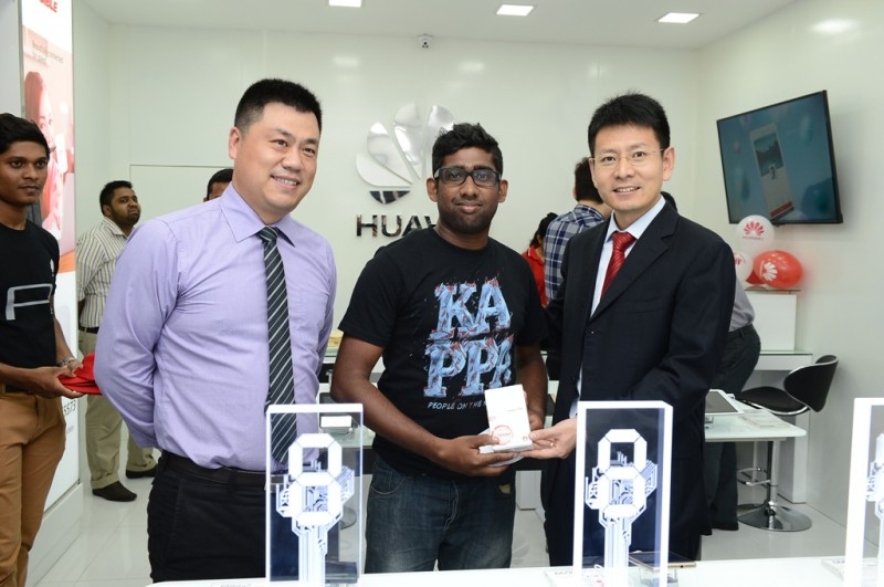 Huawei launch experience store in Sri Lanka