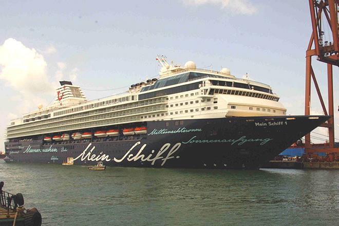 MV mein Schiff ship