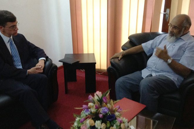 British High Commissioner discusses constitutional change with Wigneswaran