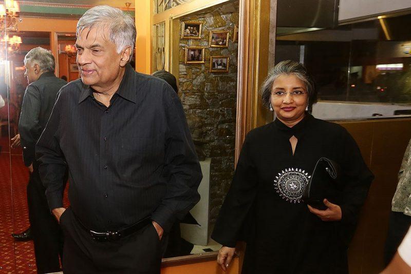 Sri Lanka PM meets business leaders at Horton Debate