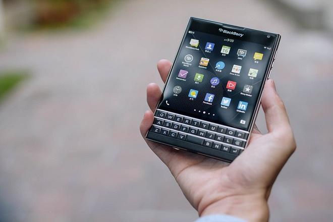 blackberry-mobile-phone