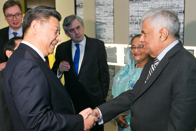 Prime Minister meets Chinese President at World Economic Summit