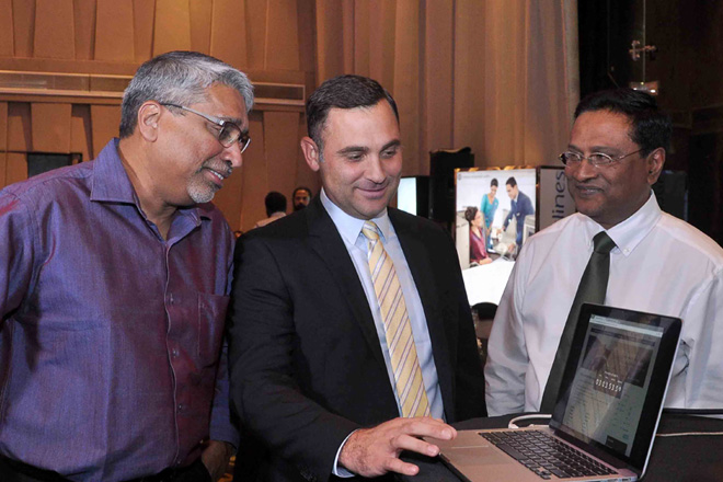'Partner Flies Free' offer on SriLankan Airlines with Visa