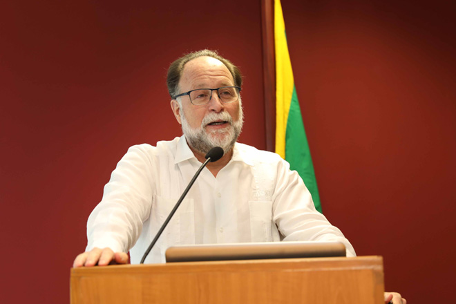Sri Lanka's main problem, inability to move from apparel to advanced sectors: Hausmann