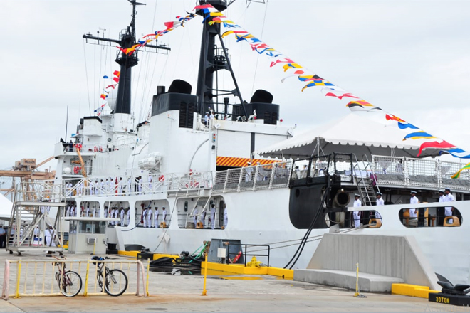 US hands over a cutter to Sri Lanka making it the largest in SL Navy fleet