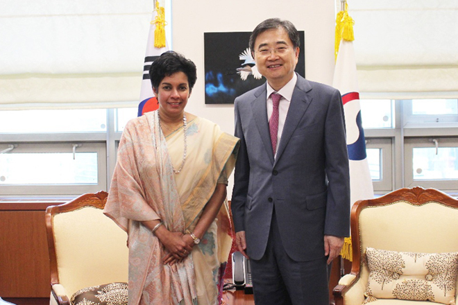 Ambassador Gunasekera pays farewell calls on dignitaries of Korean government