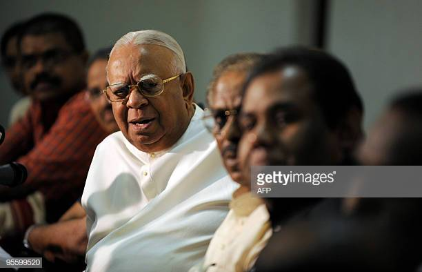 Sampanthan calls upon President to summon Parliament forthwith
