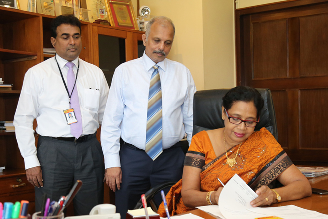 New Chairperson of People's Bank, Sujatha Cooray assumes duties