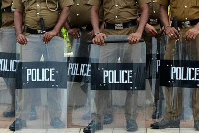 Sri Lanka announces island wide Police curfew; WhatsApp, Facebook blocked