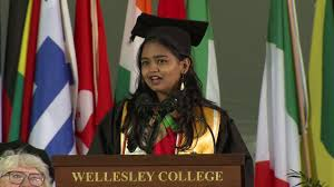 Kavindya Thennakoon delivers inspiring commencement speech at Wellesley