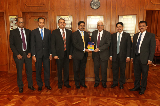 ComBank launches Sri Lanka's first QR based payment app under LANKAQR