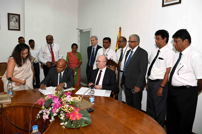 SLPA signs consultancy deal to conduct feasibility for Colombo North Port