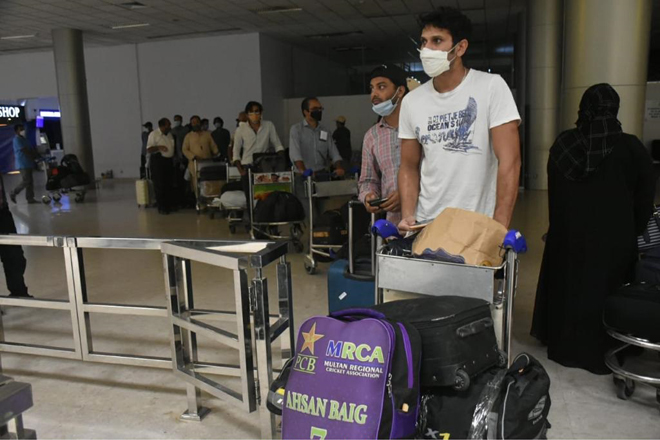 50 stranded Pakistanis repatriated via Sri Lankan Airlines