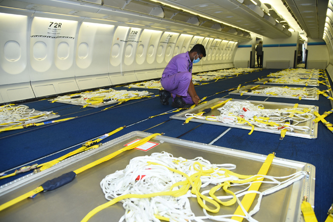 SriLankan Airlines converts passenger aircraft to full freighter supporting exporters