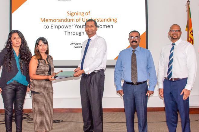 Women's Chamber for Digital Sri Lanka & World Vision promotes digital literacy