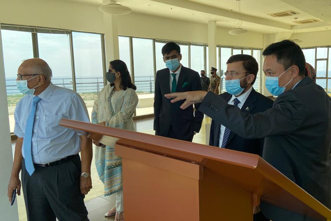 Pakistan High Commissioner to Sri Lanka visits Hambantota International Port