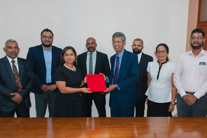 Ceylon Chamber of Commerce signs MOU with McLarens Maritime Academy