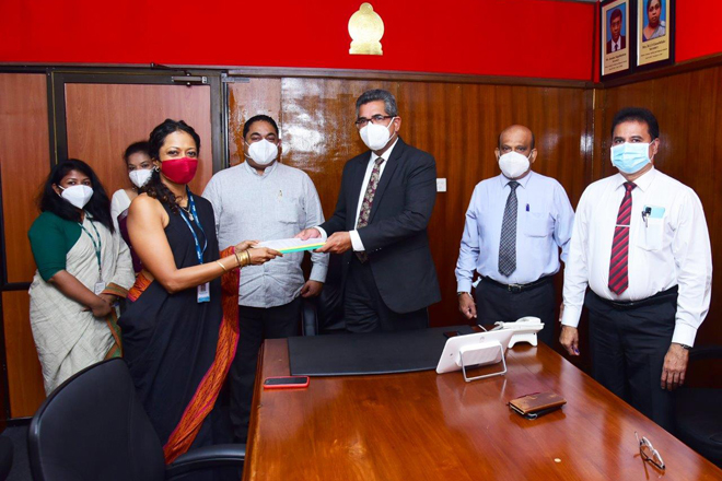 Hemas Hospitals signs MOU with Health Ministry to start COVID-19 PCR Testing