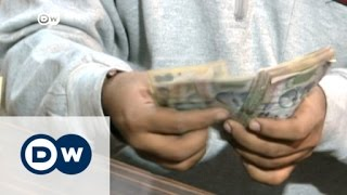 VIDEO: How does the hawala system work?