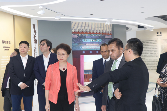 SL Ambassador to China visits Sinopharm head office; repeats request for vaccine refilling plant